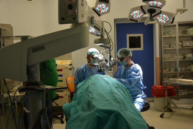 PAÜ Hastanesi göz hastalıkları kliniği kornea ve katarakt cerrahi birimi hastalara hizmet vermeye devam ediyor