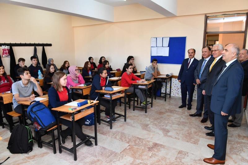 Valimiz Hasan Karahan Nevzat Karalp Anadolu Lisesini Ziyaret Etti