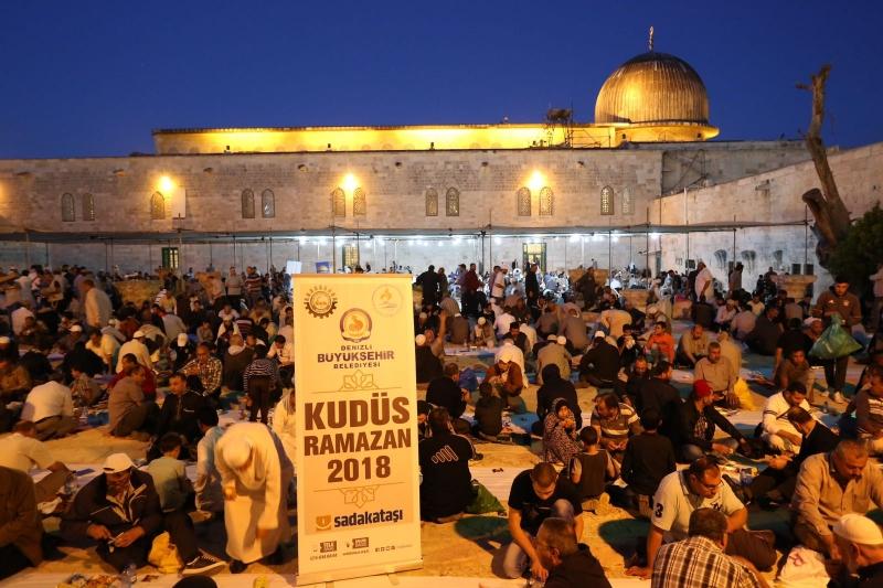 Gönül Sofrası Kudüs'e uzandı