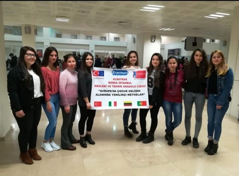 Mesleki Eğitim Öğrencileri Erasmus+ Programı Kapsamında Avrupa'da Staj Yaptı