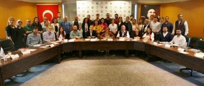 DENİB Akademi'den  Fark Yaratan Yönetici Etkin Yöneticilik Becerilerini Geliştirme Eğitimi