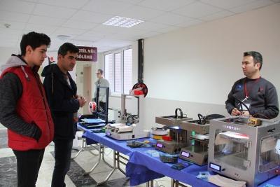 PAÜ'de Tekstil, Kültür ve STEAM ile Harmanlandı  Tekstil 3D Yazıcı ile Tanıştı